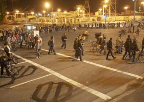 Community pickets block an entrance to the Port of Oakland