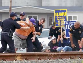 ILWU Local 21 members and supporters endured harsh repression in their battle against grain giant EGT