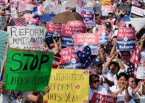 Thousands of people rally in Washington, D.C., in support of immigration reform