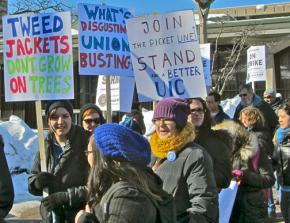 UIC faculty rally with students and community supporters during their strike