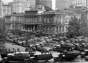 Truckers block off a New York City street during a 1938 strike