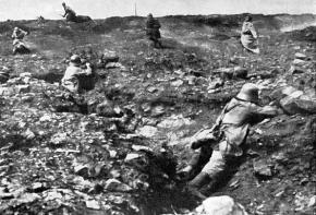 Trench warfare between French and German troops during the First World War