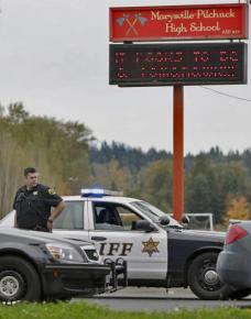 Police outside Marysville-Pilchuck High School