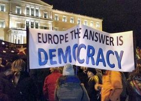 Thousands gather outside parliament to show their support for the government in its confrontation with the EU