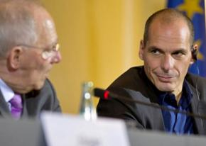 Finance Minister Yanis Varoufakis (right) during the Eurogroup negotiations