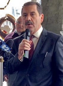 "Jesús ""Chuy"" García on the campaign trail"