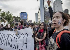 A march for the return of the 43 students disappeared from Ayotzinapa