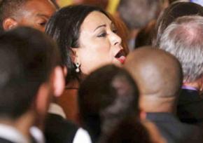 Jennicet Gutiérrez protests at the White House