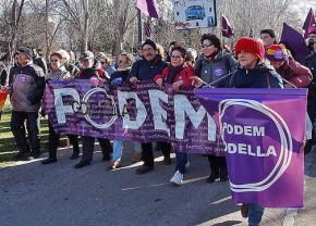 Podemos supporters on the march