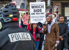 Seattle demonstrators demands justice for Che Taylor