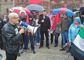Eamonn McCann speaks to a People Before Profit campaign gathering