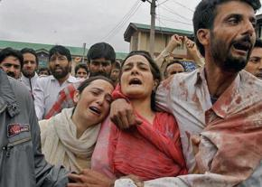 Kashmiris injured by Indian occupation troops
