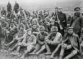 Russian soldiers during the First World War after surrendering to German forces