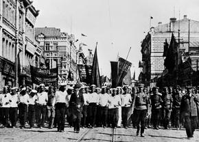 Russian soldiers and sailors march against war during the February Revolution in Petrograd