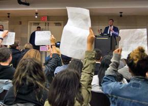 Students protest alt-right provocateur Mike Cernovich at Columbia University