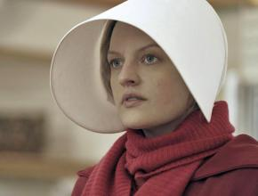 Elizabeth Moss plays June Osborne in the The Handmaid's Tale