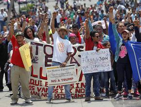 Central American migrants traveling north build solidarity in Mexico City