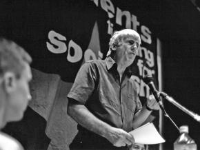 Paul Foot speaks at a socialist student conference in 1998