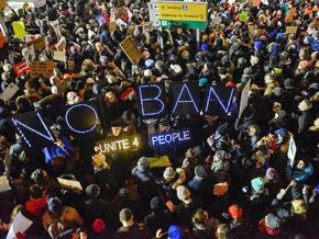 Thousands of pro-immigrant protesters flock to JFK Airport in New York City