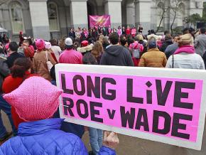 Protesters stand up for abortion rights