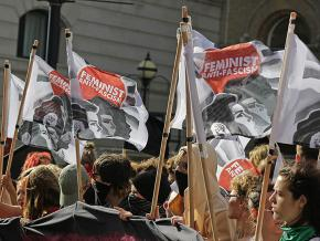 Protesters take to the streets of London against the far right