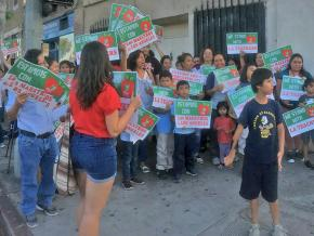 The community comes out in support of United Teachers Los Angeles