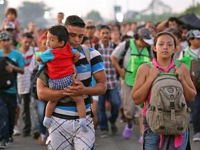 Central American refugees continue their journey across Mexico