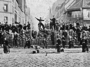 On the barricades during the Paris Commune